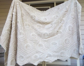 Vintage/Antique Handmade Crocheted Ecru Cloth/Bedspread