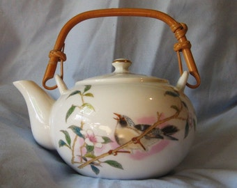 Kakesu Collection Teapot - Bird and Pink Flowes - Made in Japan