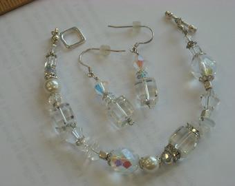 crystal beads bracelet & earrings set  ( A 30 )
