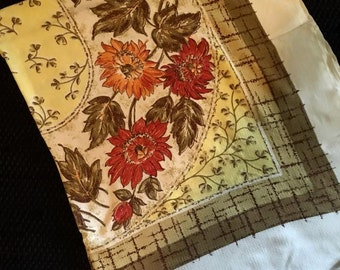 Vintage 1940's flowered Tablecloth luncheon /dinner/fall