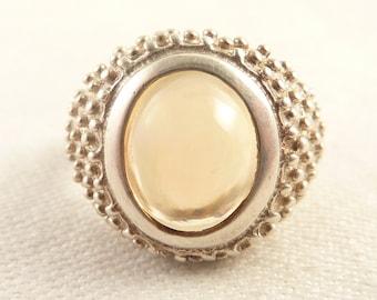 Size 9 Vintage Studded Sterling Round Quartz Ring