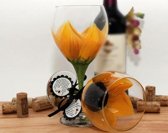 Sunflower,  hand painted wine glass, Sunflower Wedding, Personalized wine glass, bridesmaid gifts, bridal party, wedding favors, wine goblet