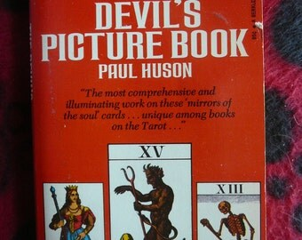 Vintage - The Devil's Picture Book by Paul Huson (1973) Paperback - Tarot Cards