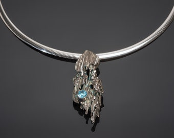 Sterling Silver Broom Straw Cast Pendant with 6mm Lab Grow Blue Zircon