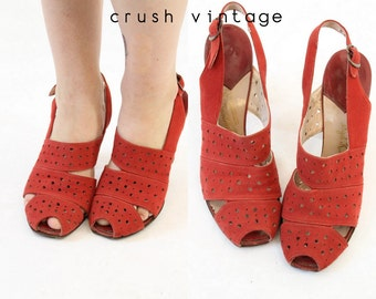 40s Shoes Red Heels 6 / 1940s Vintage Sling Back Peep Toe Shoes / Strawberry Fields Pumps