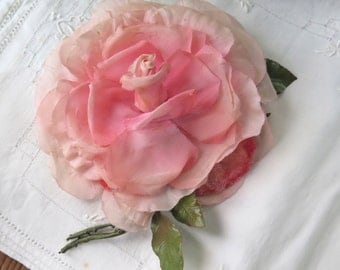 Shabby Rose Brooch Fabric Flower in Pink with Velvet