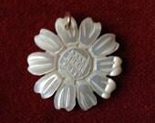 Engraved mop daisy pendant