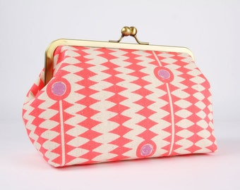 Frame clutch purse - Kuki to tane in neon red - Cosmetic purse / Japanese fabric / Pink purple red