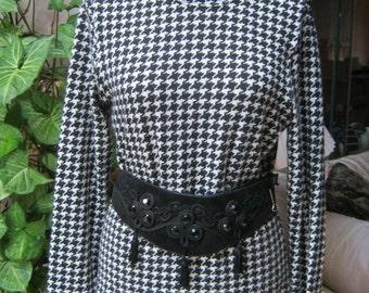 Vintage black white checks lightweight sweater, black white houndstooth check soft sweater, black white pullover sweater, spectator colors