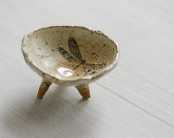 Hand built  White Speckled  shallow Bowl with dragon fly and tripod feet
