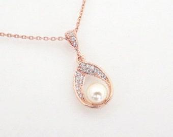 Rose Gold Bridesmaid necklace, Crystal Bridal necklace, Rose Gold Wedding necklace, Wedding jewelry, Pearl necklace, Crystal necklace