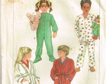 Children Sleeper, Robe and Pajamas Top Pants Sewing Pattern Simplicity 7199 Children Child Size L Large 6 6x Boys Girls