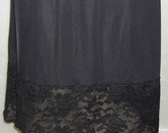 ON SALE Vintage Vanity Fair Black Half Slip Nylon Lace Medium Tall