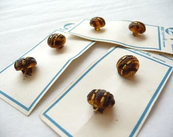 Brown Buttons, Vintage Brown Buttons, Brown Copper Buttons, BGE Buttons, Original Cards, Shank Buttons, Shirt Buttons,Plastic Buttons,Unique