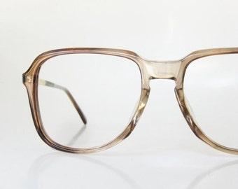 SALE 1980s Mens Horn Rim Glasses Eyeglass Frames Eyeglasses Light Brown Fawn Tortoiseshell Guys Homme Mad Men Oversized Brass Metallic 80s