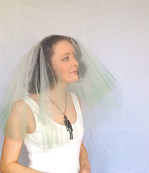 Dip dyed wedding veil - Green veil - Hen party veil - Mermaid Veil - Alternative veil - Ombre veil