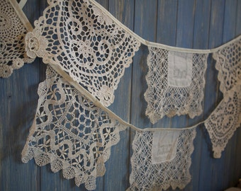Vintage Doily Bunting. Wedding Bunting. A beautiful 3m strand made out of gorgeous square style off white doilies.