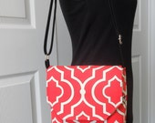 """The """"LIZZIE"""" Hipster Crossbody Messenger Bag...Will Hold the Apple iPad, iPad Mini and all Kindles"""