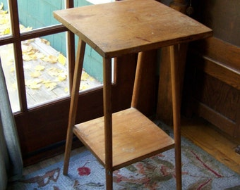 Vintage Tall Pine Table ~ Nightstand ~ Primitive Plant Stand