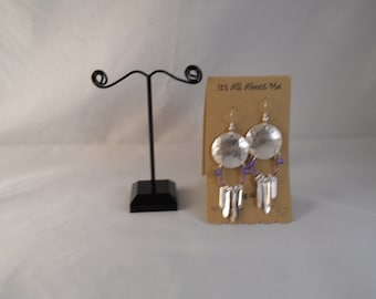 Sterling silver earrings with niobium accent