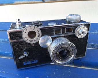 ARGUS RangeFinder 35mm Film Camera with 50mm Lens The Brick