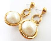 Vintage Avon Pearl Drop Earrings