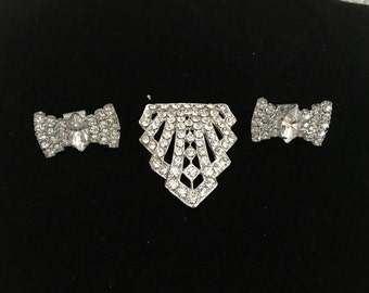 3 Vintage Rhinestone Dress Clips 1940s