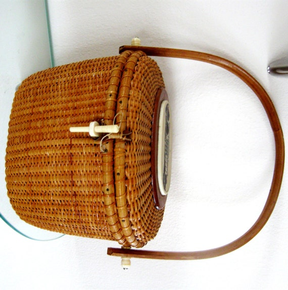 Handmade Nantucket Basket : Vintage nantucket basket purse lightship white house