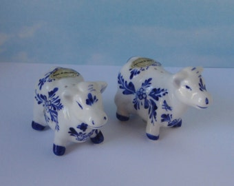 Vintage Blue and White Delft Cow Salt and Pepper Shakers. Made in Holland