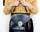 60 Vintage/ Mod Black Leather Purse