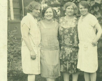 Mothers and Daughters 1920s Women Flapper Dress Standing Outside Antique Vintage Black and White Photo Photograph