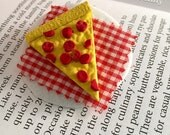 Pizza Slice Brooch - Pepperoni Food Lover Pin