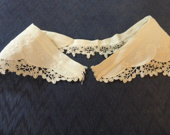 Vintage Lace Collar Cottage Chic
