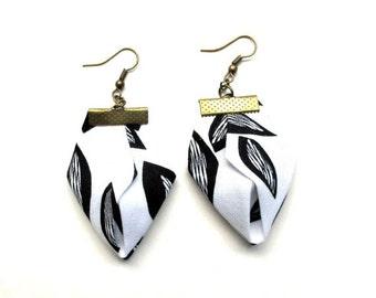 LetsPartySale Blackand white  fabric earrings, Artizanmade fabric earrings, spring leaf fiber earrings, bw origami fabric dangles