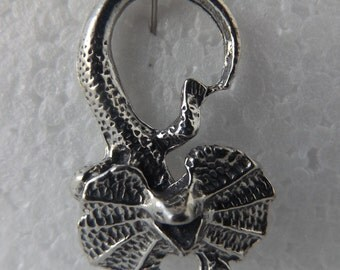 Frilled Neck Lizard Large Pendant Lead free Nickel Free