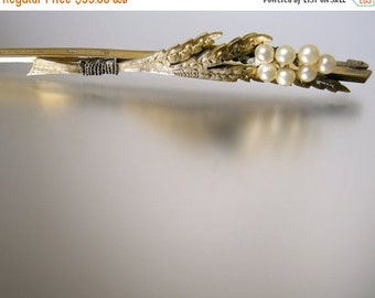 Love Yourself Sale Rolled Gold Bar Pin with Leaves and Faux Pearls