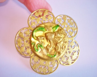 Snake Lion Brooch Green Gold Tone