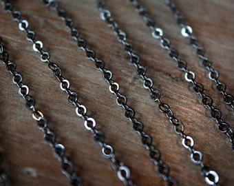 3 feet - Vintage  1960s Chain - Japanese Hematite Flat Slight Oval Chain (3 Feet) - Gunmetal Silver Chain