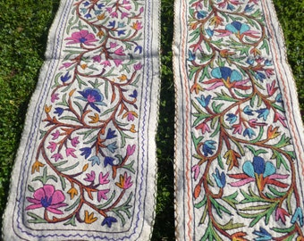 2 Long Felt Rug Wool Kashmir Hand Embroidered Namda Kilim tapis. 6 ft x 2 ft