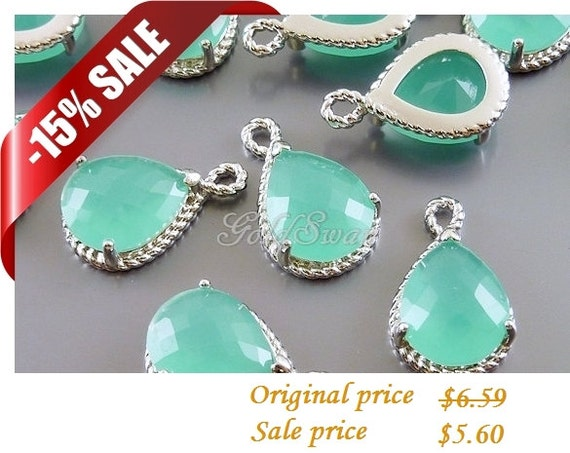 15% SALE 2 Mint green glass stone in silver rope setting pendants, glass charm 5054R-MI