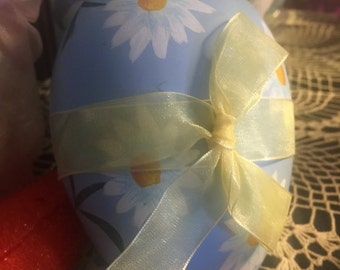 Vintage Hand Painted Easter Egg Candy Container Blue Egg with Daiseys