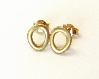 Gold Stud Earrings, Gold Post Earrings, Minimalist earrings ,18K gold earrings - High End Jewelry