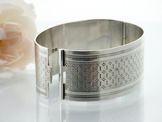 Vintage Silver Cuff Bracelet | 1933 Sterling Silver Hinged Bangle | Art Deco Machined Silver Sterling Silver Cuff - Small Size Bracelet