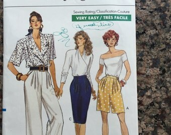 Vogue Sewing Pattern 7449 Skirt Shorts Pants Sizes 6 8 10 Uncut Unopened