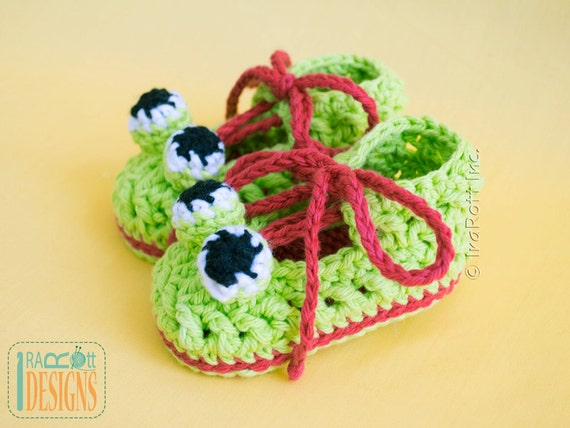 CROCHET PATTERN Crazy Eyes Double Sole Baby Frog Booties PDF Pattern with Instant Download