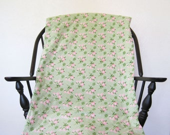 Vintage Whole Cloth Tied Handmade Floral Quilt Pastel Pink Green Roses