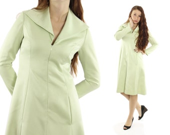 Vintage 70s Mollie Parnis Dress Light Green Long Sleeve Knee Length Flared Dress 1970s Medium M