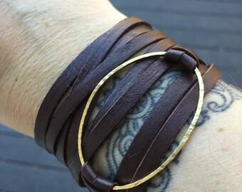 Triple Wrap Leather Bracelet - Hammered Brass Oval