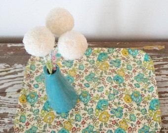 White Glitter Pom pom Flowers - Nursery floral arrangement - Round Faux Flowers - Sparkly Felt Balls - Fake Craspedia, Billy Buttons