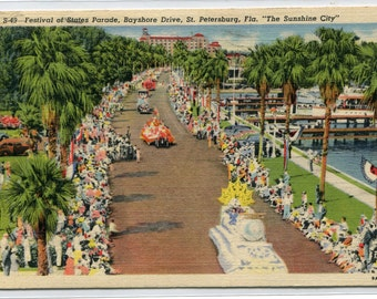 Festival of States Parade Floats St Petersburg Florida 1940 linen postcard
